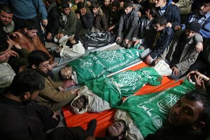 080303-gaza-funeral-hmed-330ah2