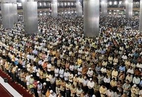 muslim-indonesia-sepakat-syariah11