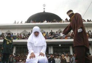 Hukum zina dalam islam.hukuman orang berzina. Dosa orang berzina, hukum rajam. Hukum jilid atau dera